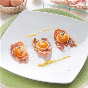 Carbonara sublime con uovo marinato e Pancetta al Pepe Aurora